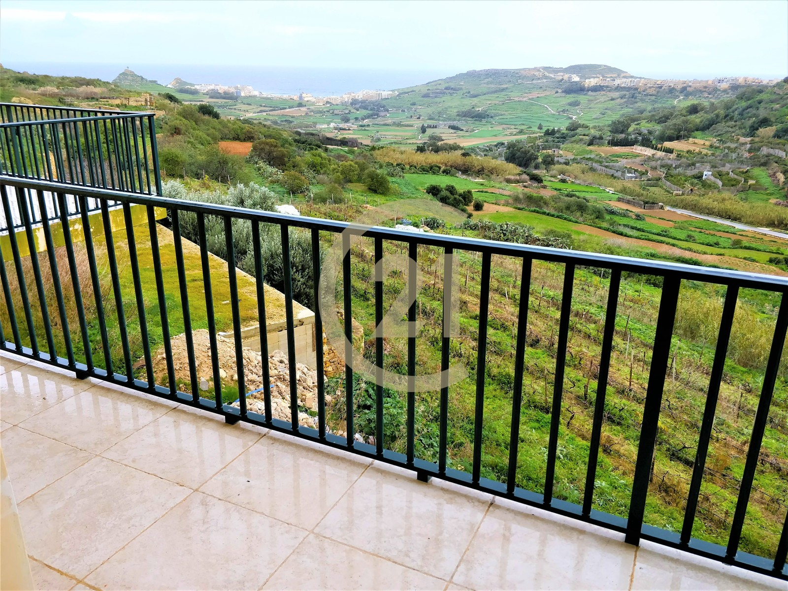 Furnished Apartment Enjoying Magnificent Views For Rent in Xaghra