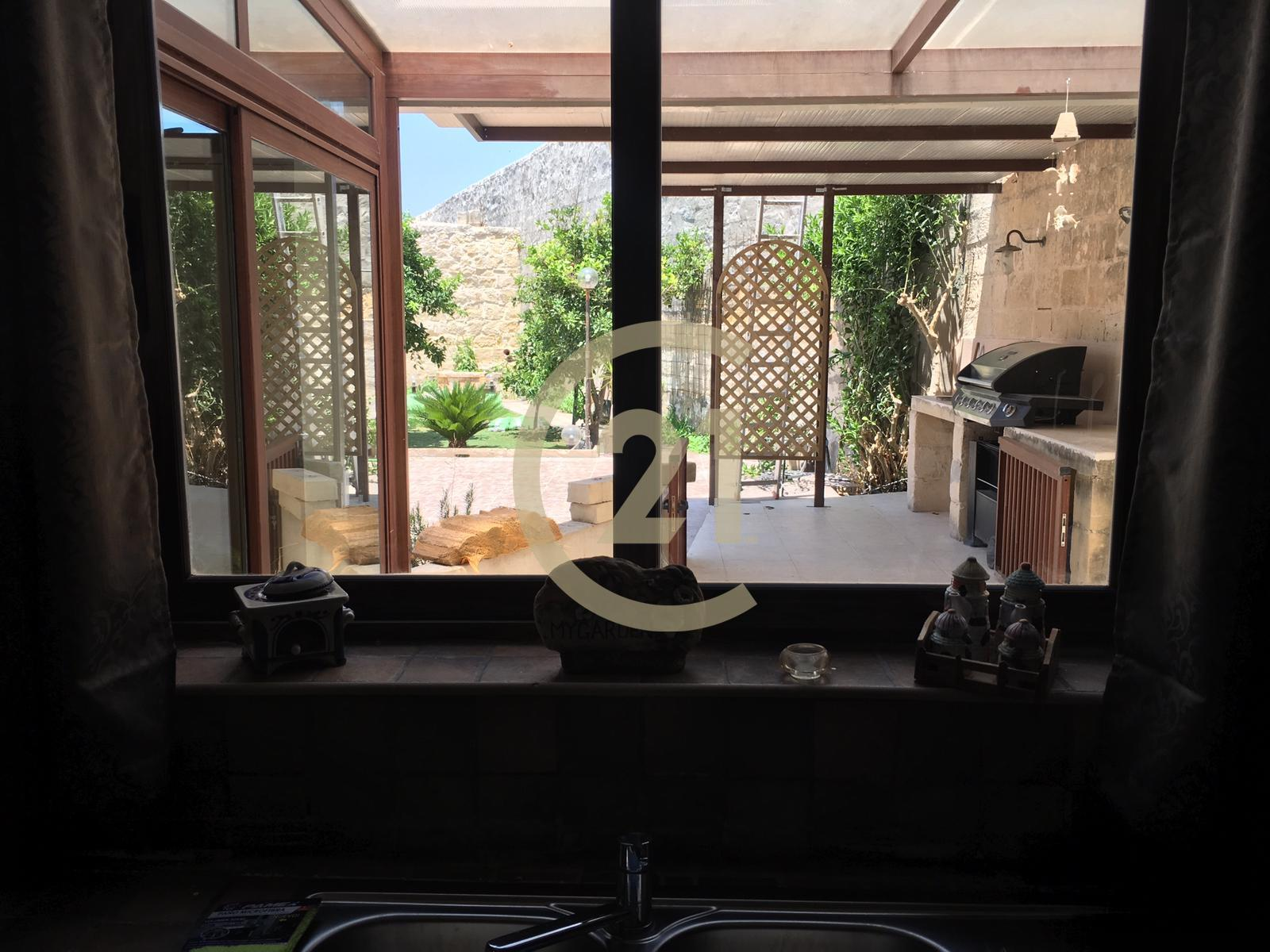 House Of Character For Rent In Lija