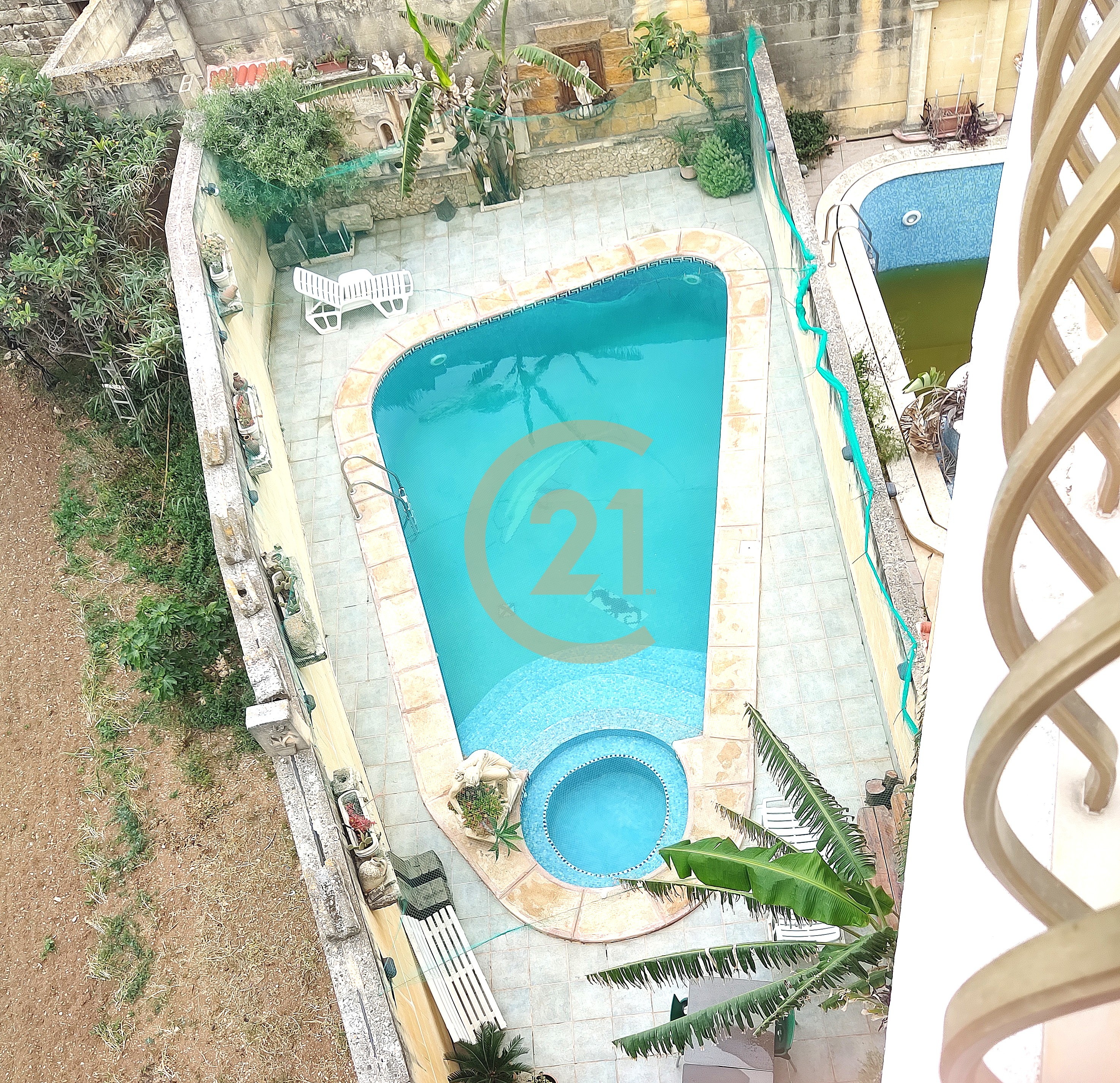 Furnished Three Bedroom Penthouse With Shared Pool For