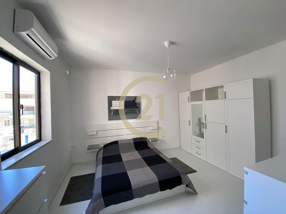 cristina-tower-rent-bed1