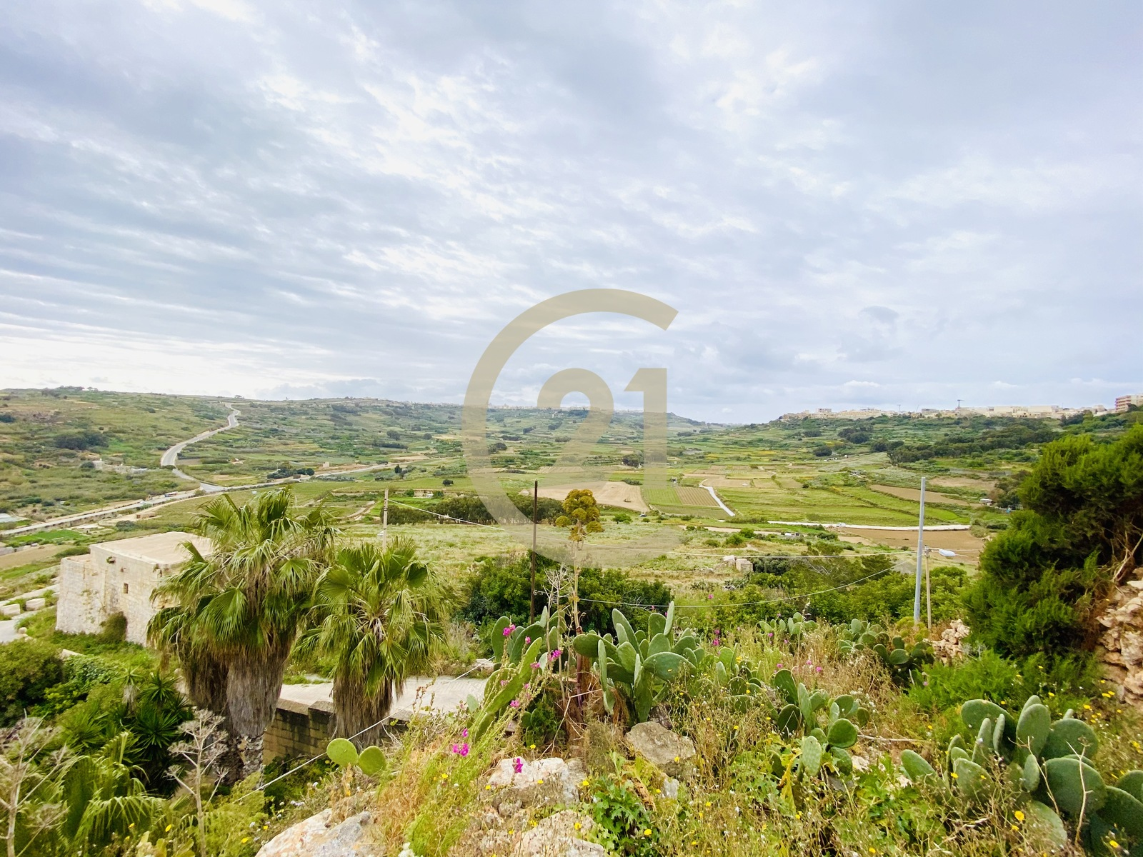 Plot Overlooking Ramla Valley and Bay For Sale in Xaghra